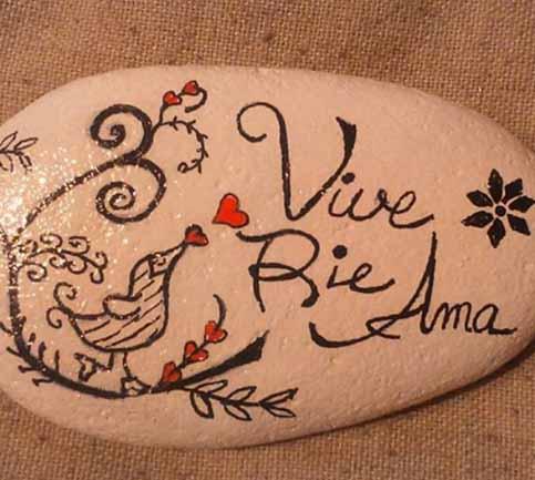 Frases en piedras pintadas